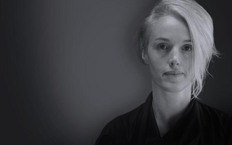 Headshot of Zoë Keating